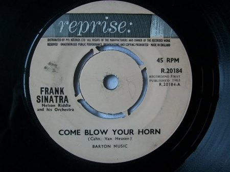 Sinatra05Reprise R 20184 UK Come Blow Your Horn.jpg